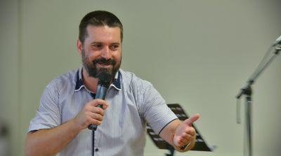 Pomazání, Milan Dupan