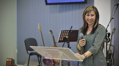 Bůh jedná přirozeně- nadpřirozeně, Marie Hasová